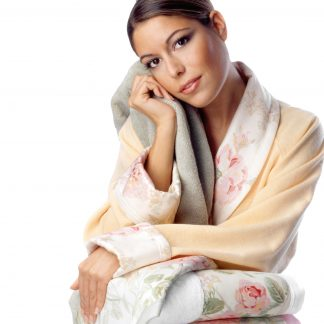 bella-schal-kragen-stoff-borduere-rosen-garten-bademantel-quadrat-herka-frottier-terry-towel-bath-robe-fabric-border-shawl-collar-cotton-baumwolle